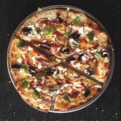 Pie-Five-Pizza-Chicken-Bacon-Cado-Pie